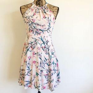EUC Express Floral Dress Size 4